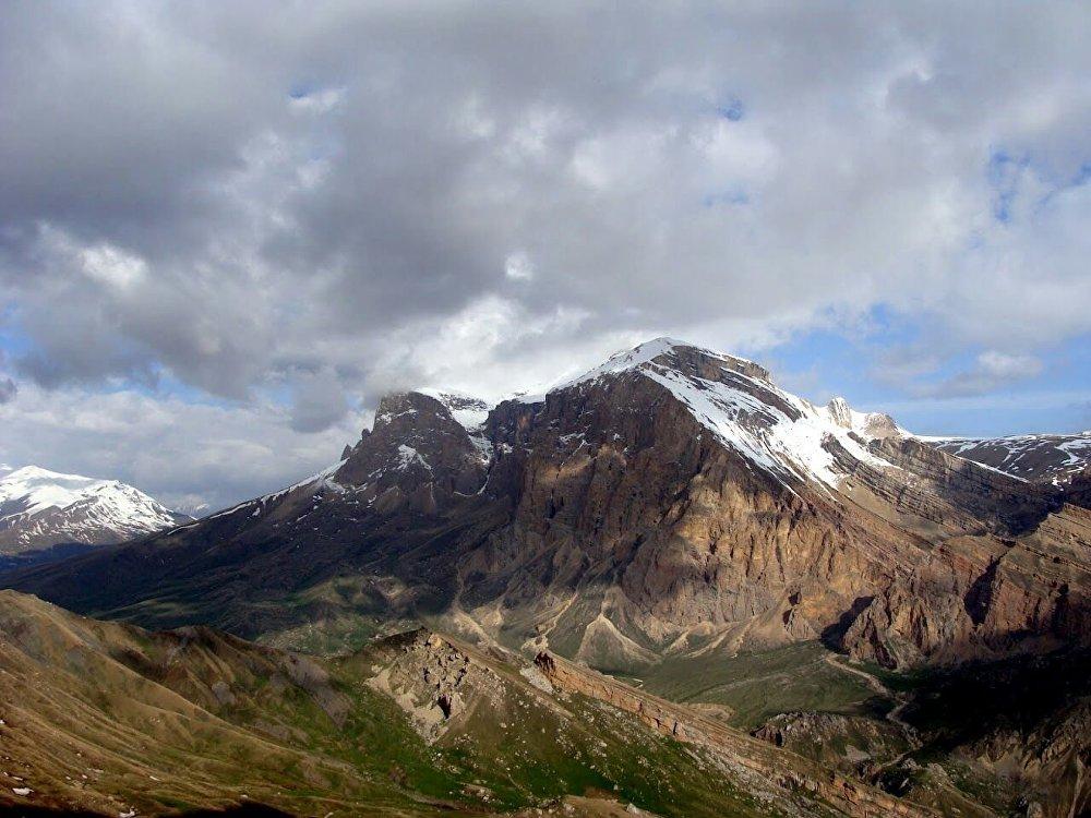Шахдаг  — горная вершина в восточной части Большого Кавказа, высотой в 4243 м, на территории Азербайджана.