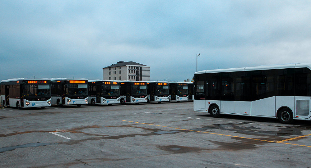 Bakıda avtobuslar