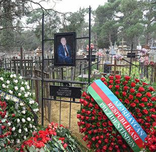 """""""İnterfaks-Azərbaycan"""" agentliyinin baş direktoru Aleksandr İvanov dəfn mərasimi"""