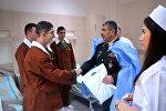 Министр обороны по случаю праздников посетил военно-медицинские учреждения