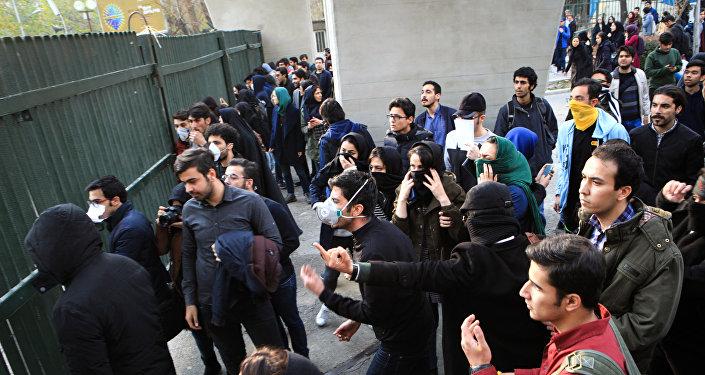 Иран направил жалобу вОрганизации Объединенных Наций (ООН), обвинив США вподстрекательстве кбеспорядкам