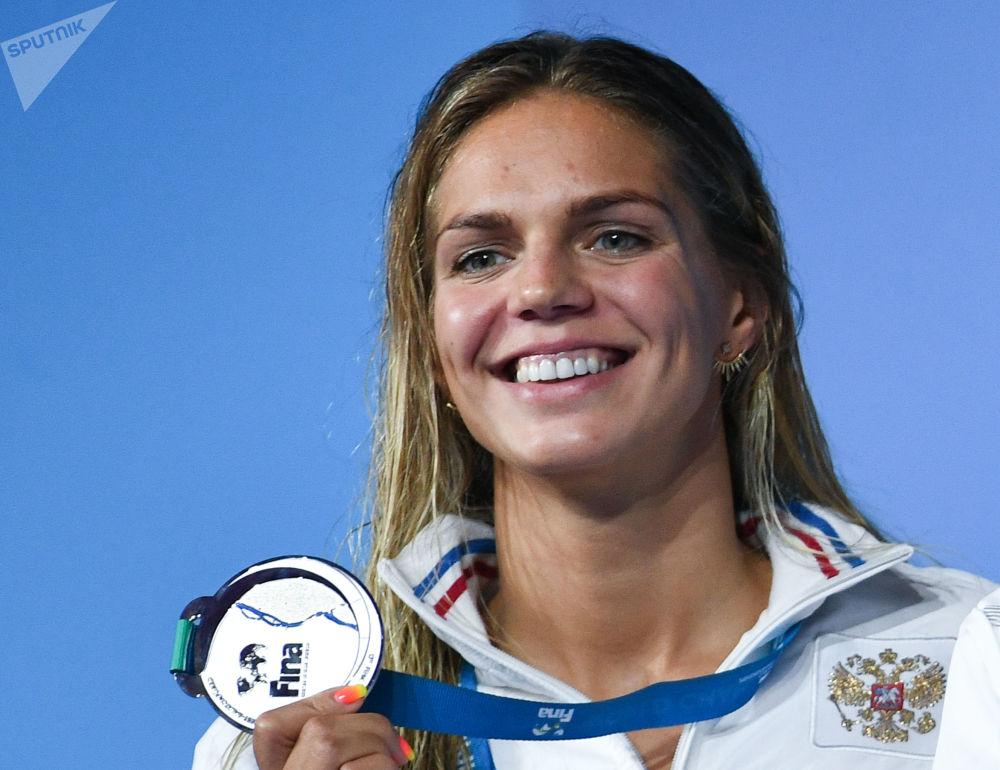 Юлия Ефимова, завоевавшая серебряную медаль в соревнованиях по плаванию на дистанции 50 м брассом среди женщин на XVII чемпионате мира по водным видам спорта в Будапеште