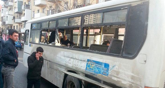 ДТП с участием маршрутного автобуса в Баку