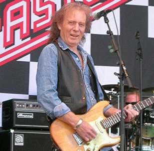 Гитарист Эдди Кларк, фото из архива