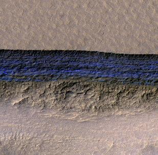 Mars planetində aşkar edilmiş buzlaq qatı