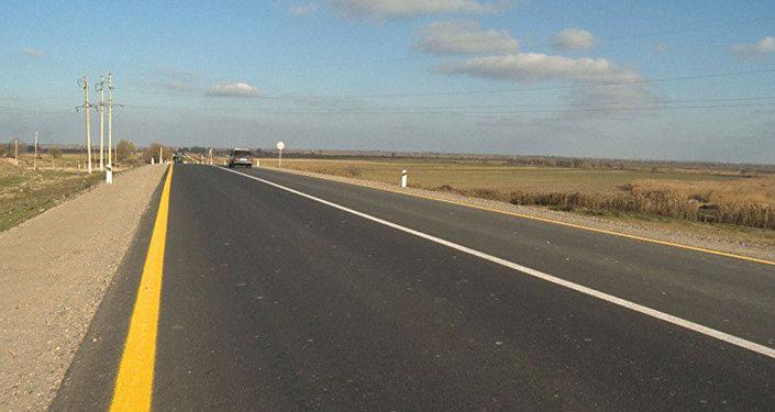 Участок новопостроенной дороги, архивное фото
