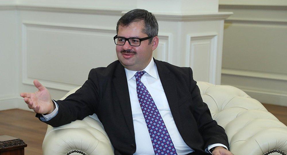 Хазар Ибрагим, фото из архива