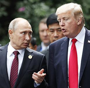 Владимир Путин и Дональд Трамп, фото из архива