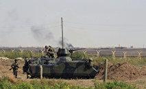 Турецкие военнослужащие вблизи Турецко-сирийской границы, фото из архива