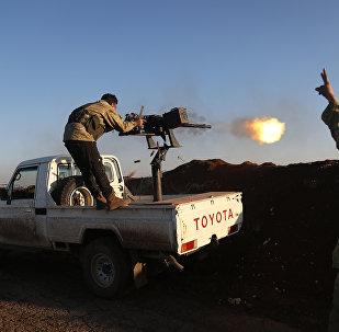 Боевики Свободной армии Сирии, поддерживаемые Турцией в районе Тал Малид, недалеко от Алеппо. Сирия, 20 января 2018 года