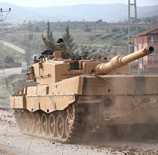 Türkiyə tankları Suriya ilə sərhədə yaxın Kilis əyalətində, 21 yanvar 2018-ci il