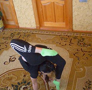 История исцеления: гимнастика спасла16-летнюю Гюнай
