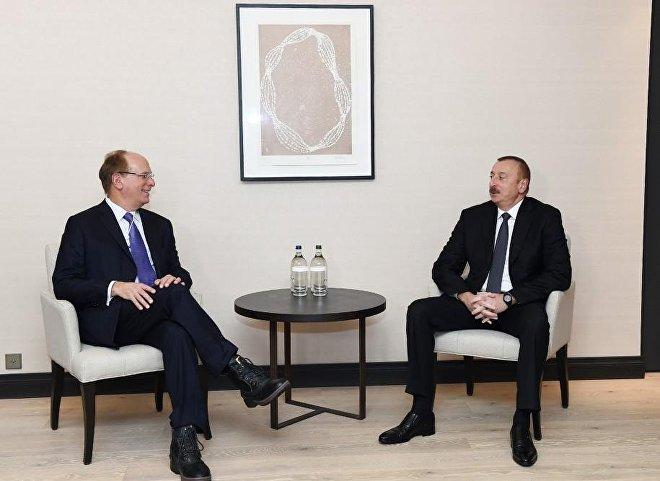 Ильхам Алиев встретился свице-президентом компании Chevron