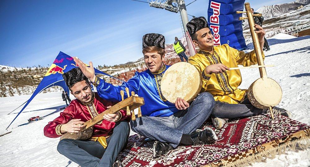 Число турпоездок граждан России вАрмению выросло на28% в предыдущем году