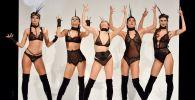 Модели во время показа на Международной выставке нижнего белья в Париже
