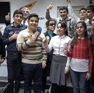 Участники двух сезонов Ты Супер! встретились в Sputnik Азербайджан