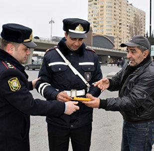 Baş Dövlət Yol Polisi İdarəsinin əməkdaşlarının Bakıda piyadalara qarşı keçirdiyi reyd