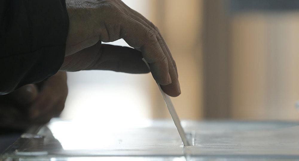 В Российской Федерации началось голосование навыборах президента