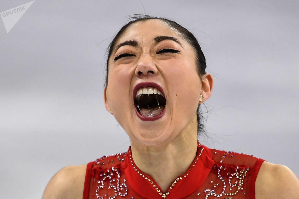 Мирай Нагасу (США) выступает в произвольной программе женского одиночного катания командных соревнований по фигурному катанию на XXIII зимних Олимпийских играх
