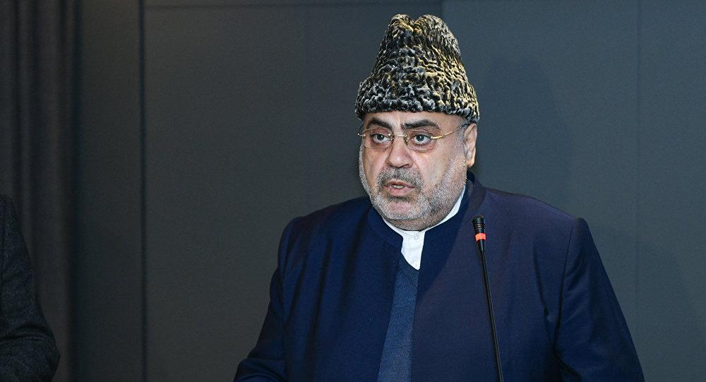 Председатель УМК шейхульислам Аллахшукюр Пашазаде