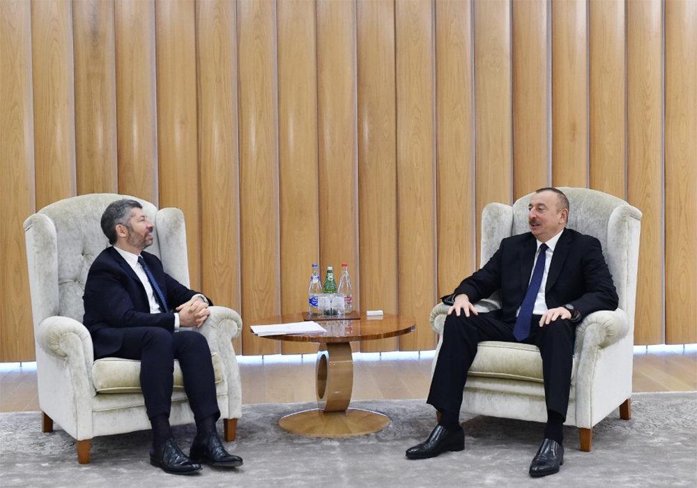 Ильхам Алиев встретился с заместителем министра экономического развития Италии Иваном Скальфаротто