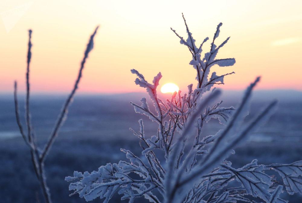 Рассвет, наблюдаемый с Солнечной горки в Мурманске