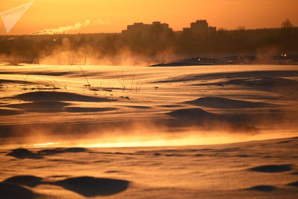 Закат на реке Томь