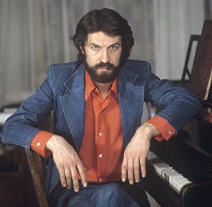 Актер Московского театра драмы и комедии Борис Хмельницкий, 1 декабря 1976 года