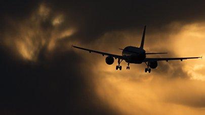 Самолет, фото из архива