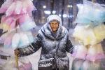 Работа кыргызстанского фотографа Табылды Кадырбекова Продавщица сладкой ваты