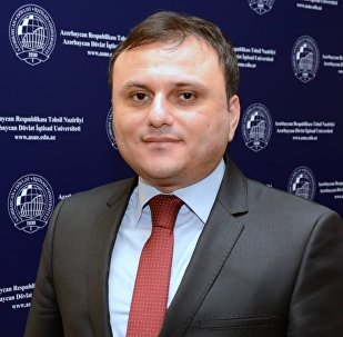 Azərbaycan Dövlət İqtisad Universitetinin (UNEC) dosenti Elşən Bağırzadə
