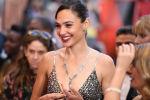 Израильская актриса Галь Гадот на красной дорожке церемонии вручения Оскар-2018 в Калифорнии