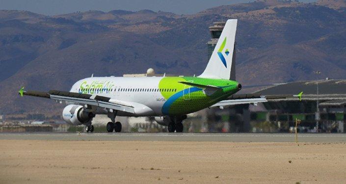 Самолет авиакомпании SalamAir