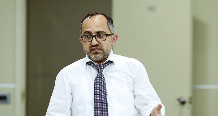 Bank eksperti Əkrəm Həsənov