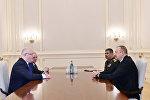 Президент Азербайджана Ильхам Алиев принял министра обороны Грузии Левана Изория