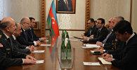 Министр иностранных дел Эльмар Мамедъяров принял министра обороны Грузии Левана Изория