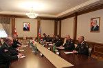 Встреча министра обороны Азербайджана генерал-полковника Закира Гасанова с делегацией, возглавляемой министром обороны Грузии Леваном Изорией