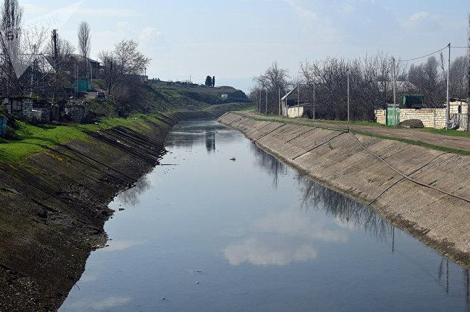 Elçinin yıxıldığı kanal