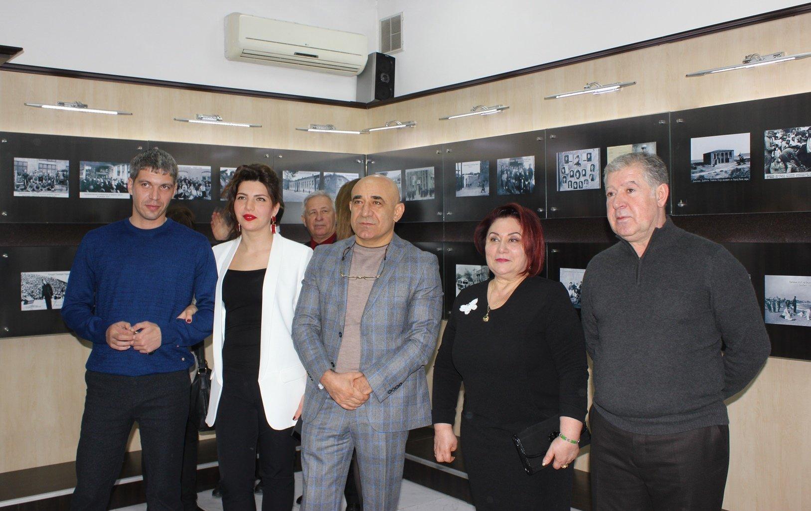 В РИКЦ открылась фотовыставка Ретро Дербент