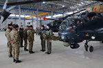 Министр обороны посетил новую вертолетную воинскую часть в прифронтовой зоне