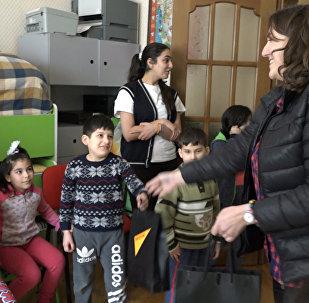 Sputnik Азербайджан раздал подарки детям из приюта