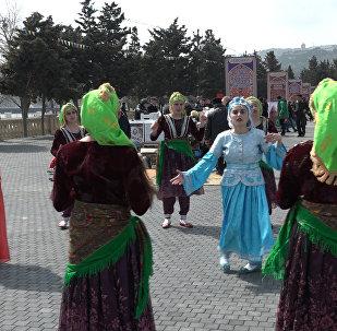 Восточный Новый год встречают на берегу Каспия