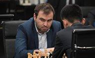 Гроссмейстер Шахрияр Мамедъяров, фото из архива