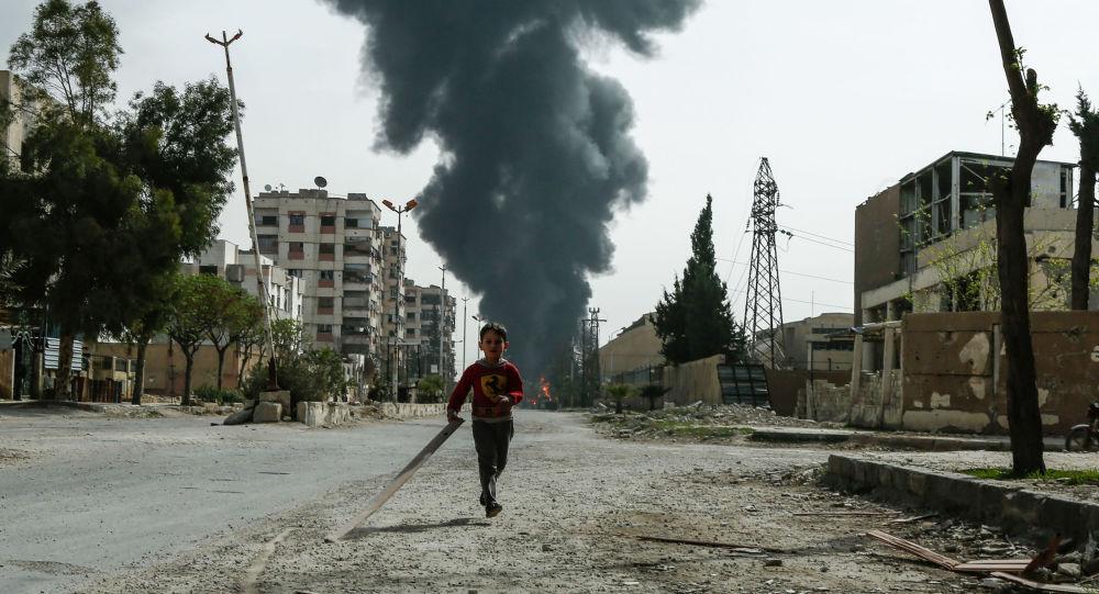 Мэй, Трамп иМакрон обсудили химатаку вСирии— Мир должен отреагировать