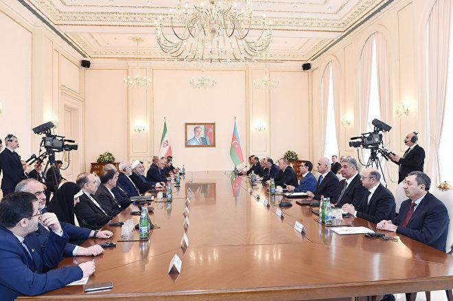 Встреча президентов Азербайджана и Ирана в расширенном составе