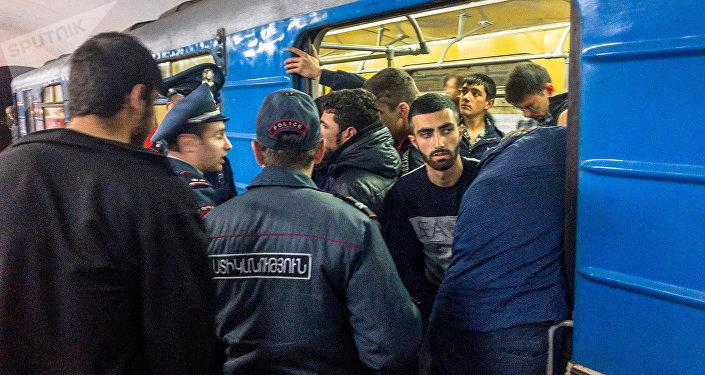 Ermənistanda kütləvi aksiya
