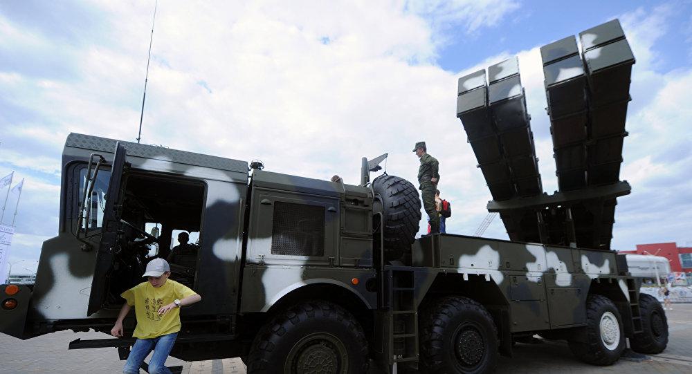 Беларусь отправит «Полонезы» вАзербайджан уже вэтом году