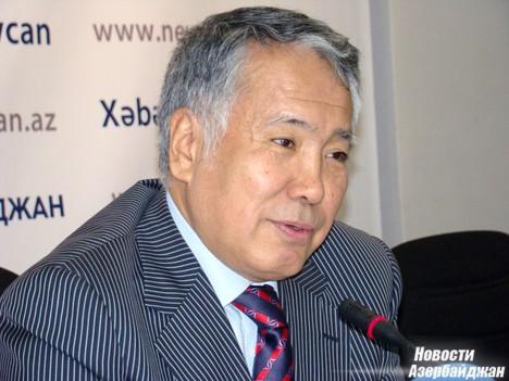 «Доля экспорта из Казахстана во взаимном товарообороте составляет 222 миллиона долларов, из Азербайджана же в Казахстан экспортируется товаров на сумму около 128 миллионов долларов», - отметил дипломат.